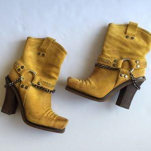 Lisa for Donald J Pliner Suede Cowboy Block Boots